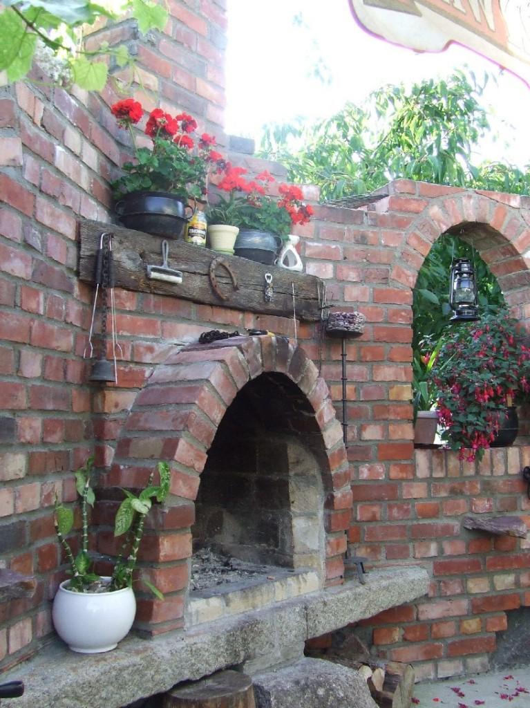 grill kamin altziegel old antique. Black Bedroom Furniture Sets. Home Design Ideas